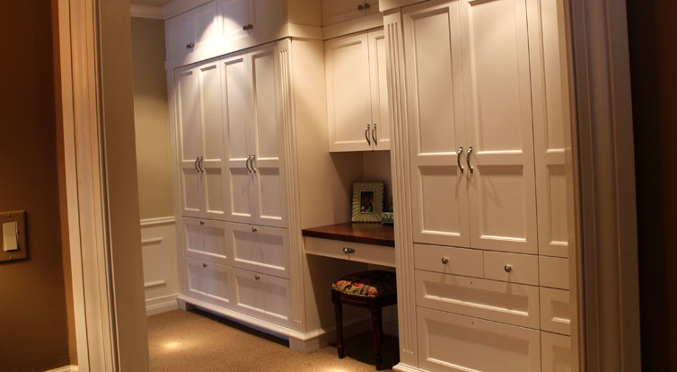 Minnesota cabinet maker custom cabinets jc cabinets llc for Custom closet images