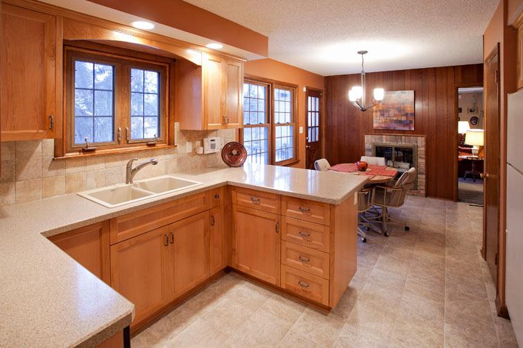 Minnesota Cabinet Maker Custom Kitchens JC Cabinets LLC